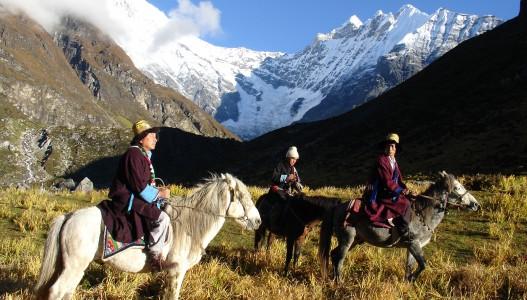 Langtang – Gosaikunda – Helambu Trek